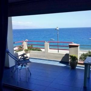 Self Catering Casa Marina Bilocale Confort - Alì Terme